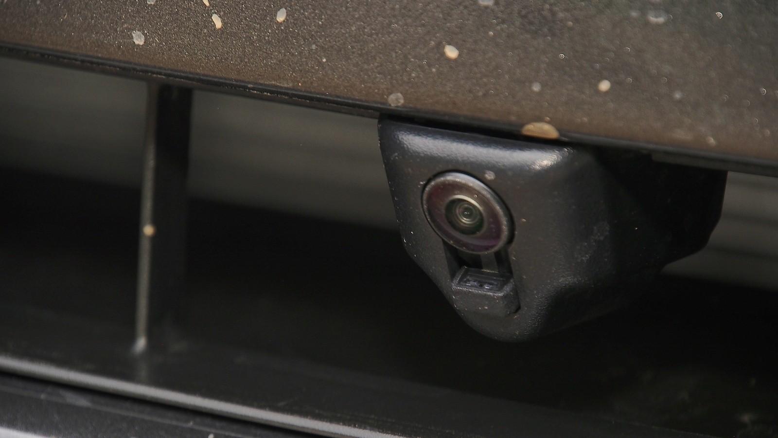 Ford Explorer камера