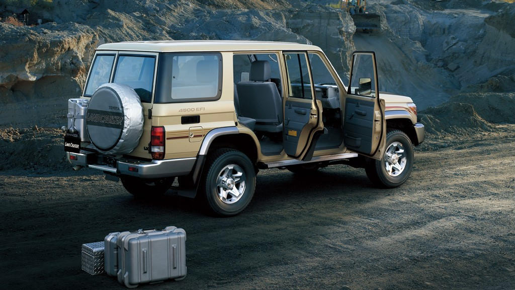 autowp.ru_toyota_land_cruiser_76_wagon_2_cr