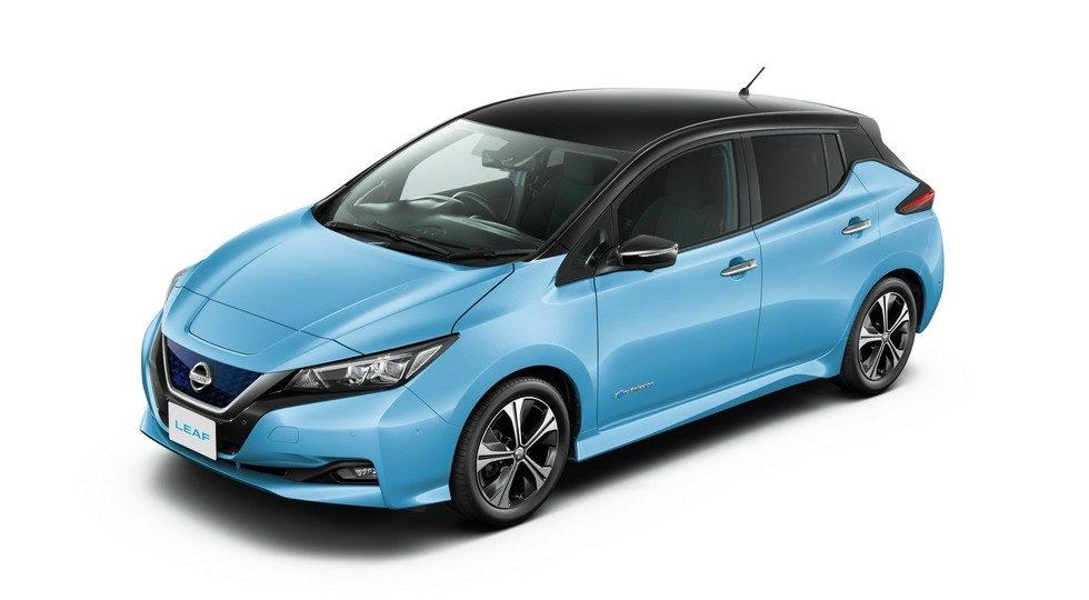 Nissan Leaf (стандартная версия)