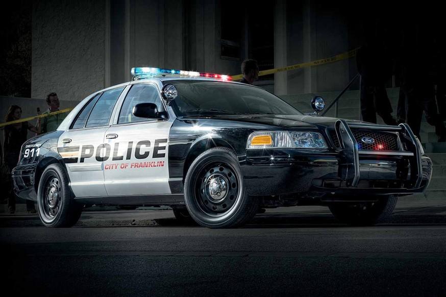 Отправили в отставку: дорожный патруль в США попрощался с Ford Crown Victoria