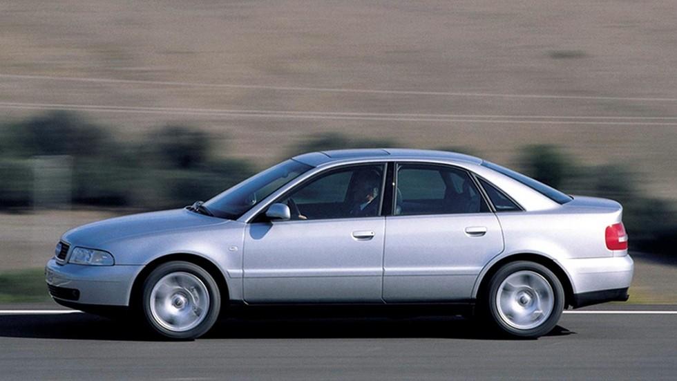 На фото: Audi A4 '1999–2000