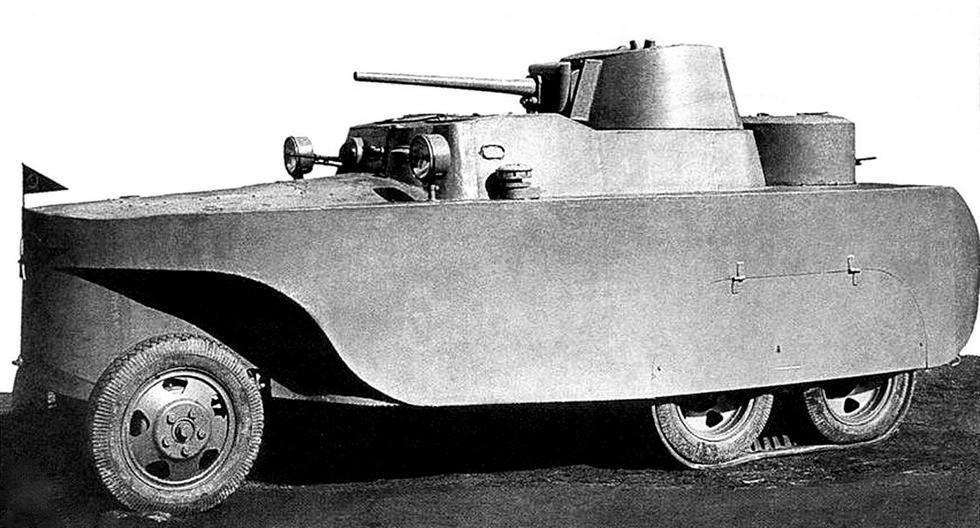Плавающая пушечная бронемашина БАД-2