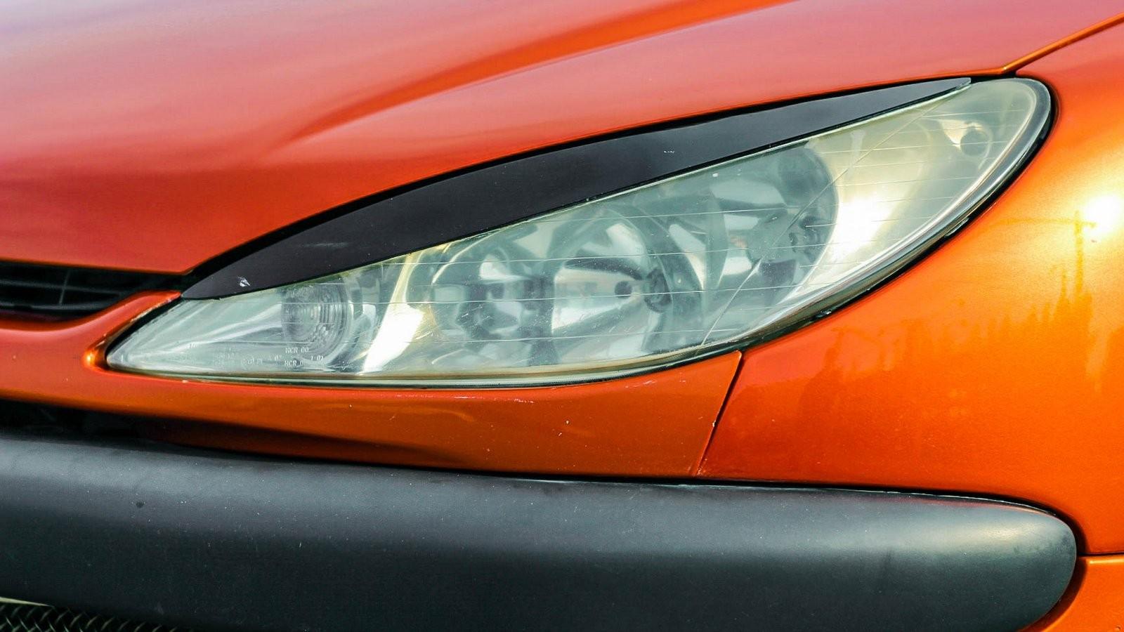 Peugeot 206 СС фара