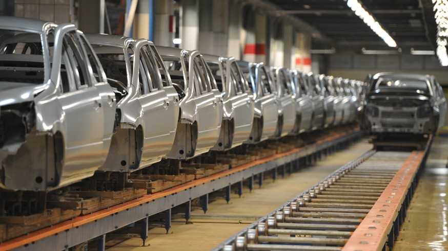 Автомобили в РФ могут подорожать: причина – очередное повышение утильсбора