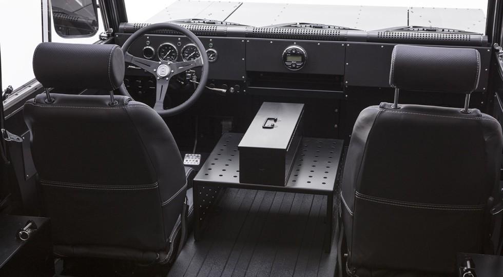 Bollinger-B1_interior-980x540[1]