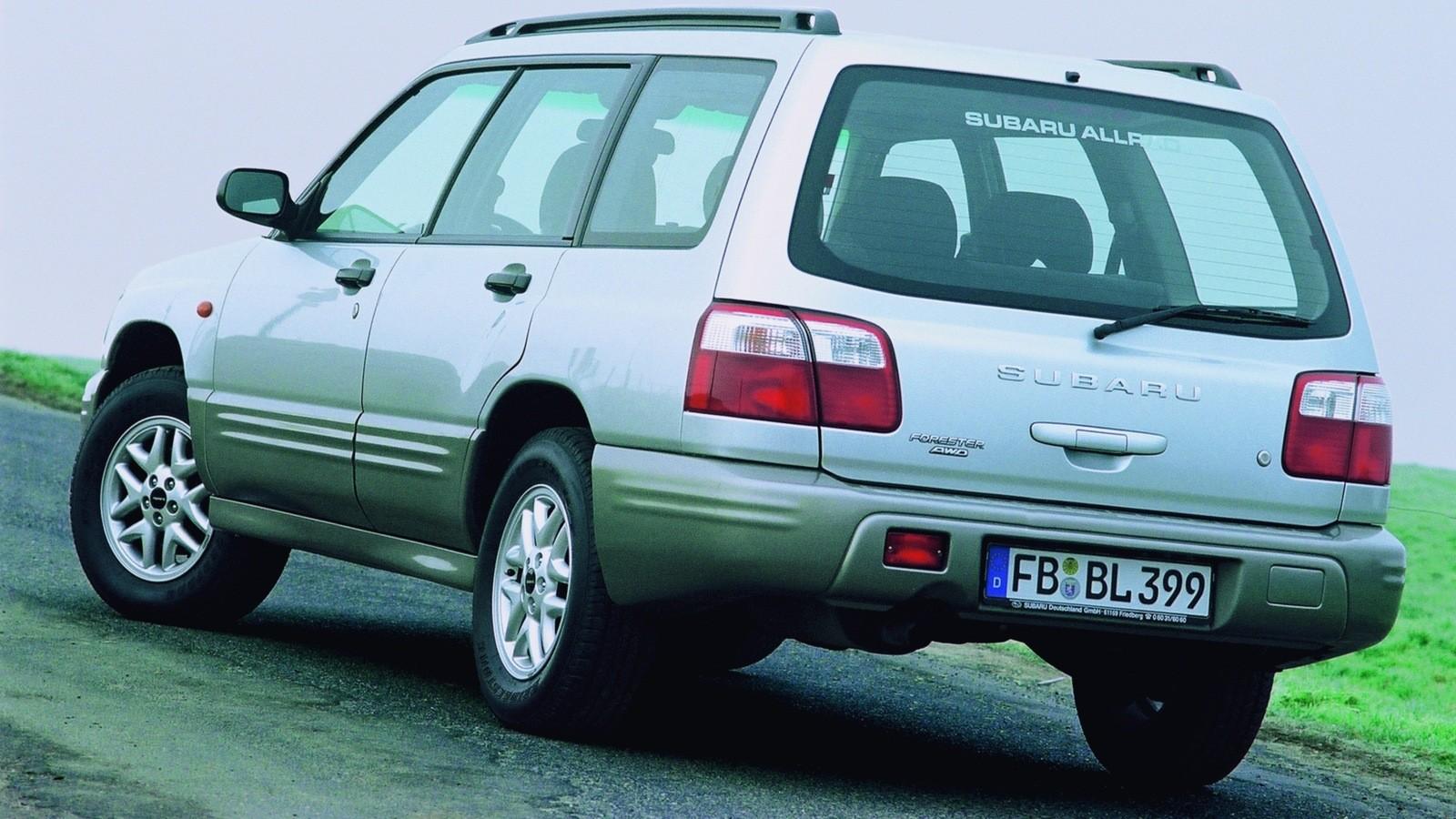 На фото: Subaru Forester (SF) '2000–02