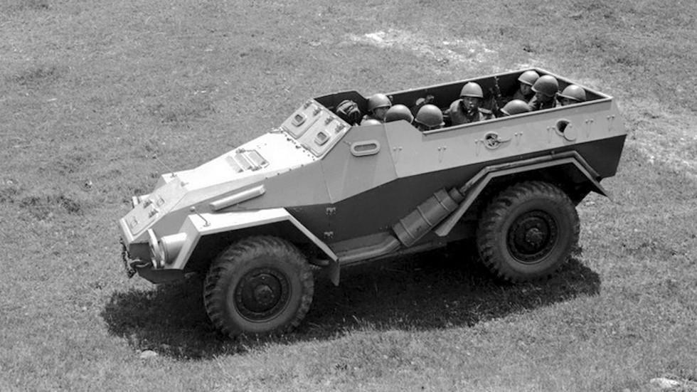 На фото: ГАЗ 40 Опытный (БТР 40) '1948