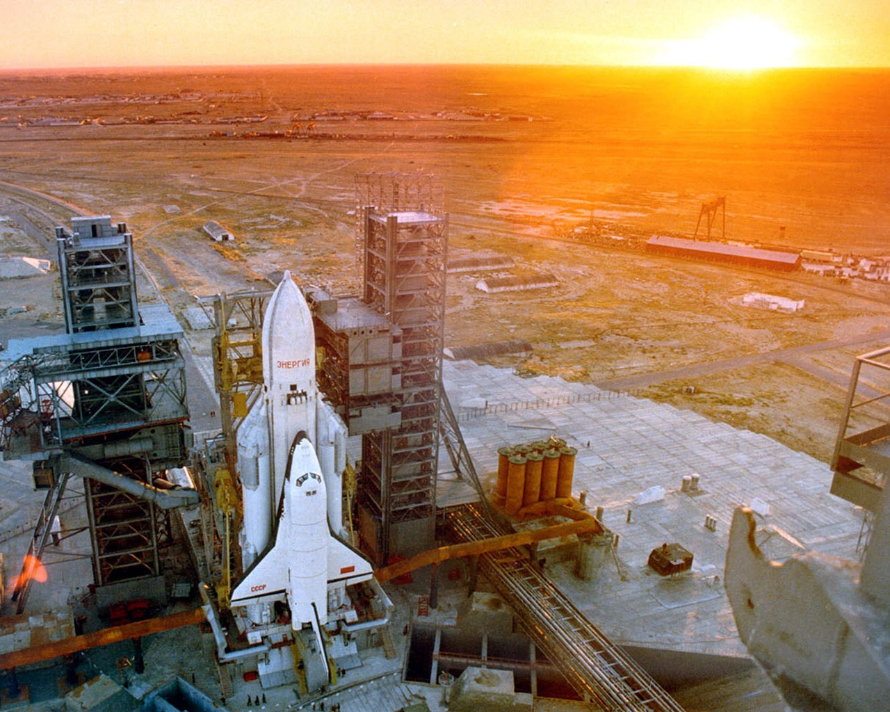 Космические технологии, взрывоопасность и смешной бюджет: мифы и факты о водородной Лада Антэл