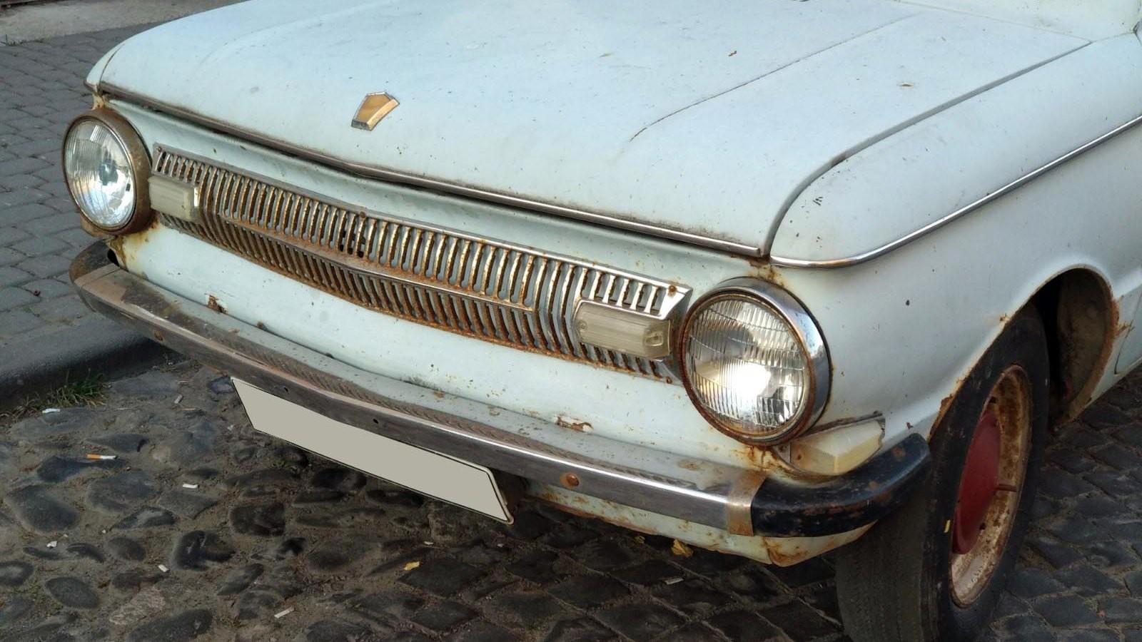 Советский легковой автомобиль