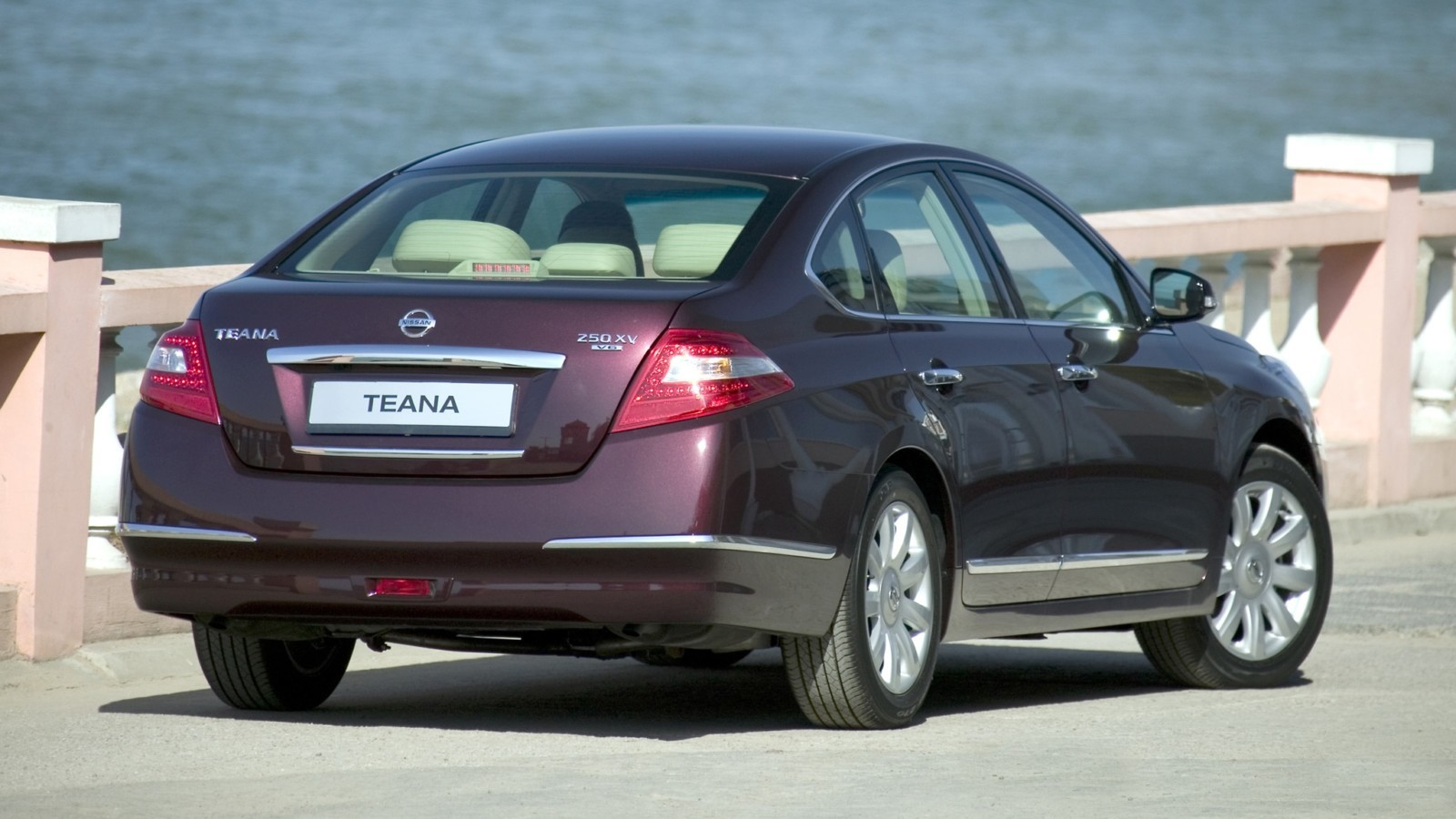На фото: Nissan Teana (J32) '2008–11
