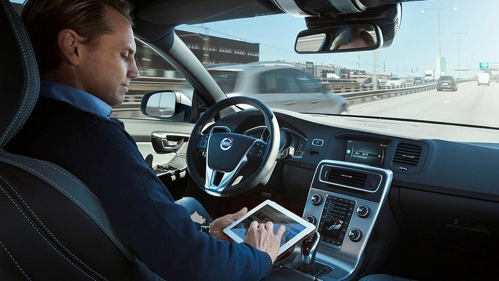 car-autopilot-10jpg