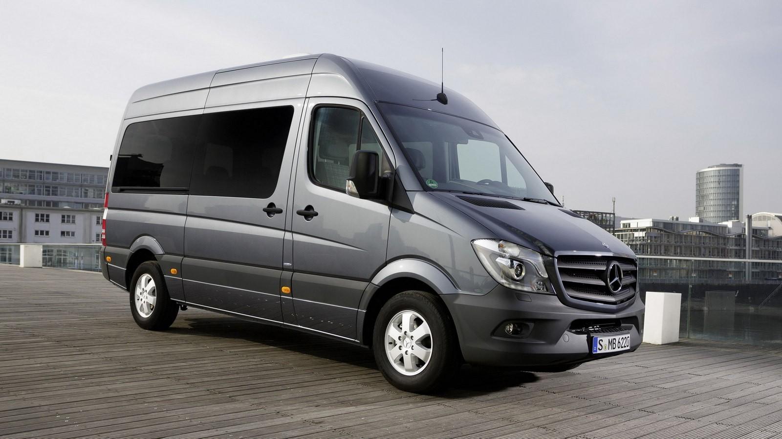 Mercedes-Benz Sprinter (микроавтобус текущего поколения)