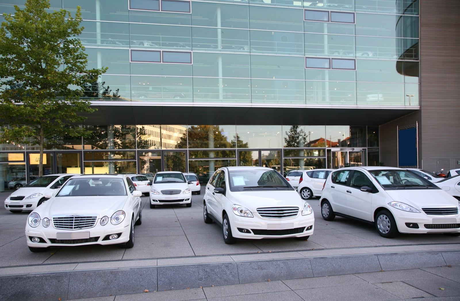 Авито Авто: продажи подержанных автомобилей премиум-сегмента выросли на 56%