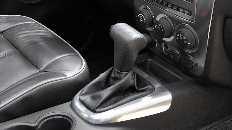 Для тех, кто хочет сэкономить: стоит ли покупать Hummer H3 за 1,2 миллиона рублей