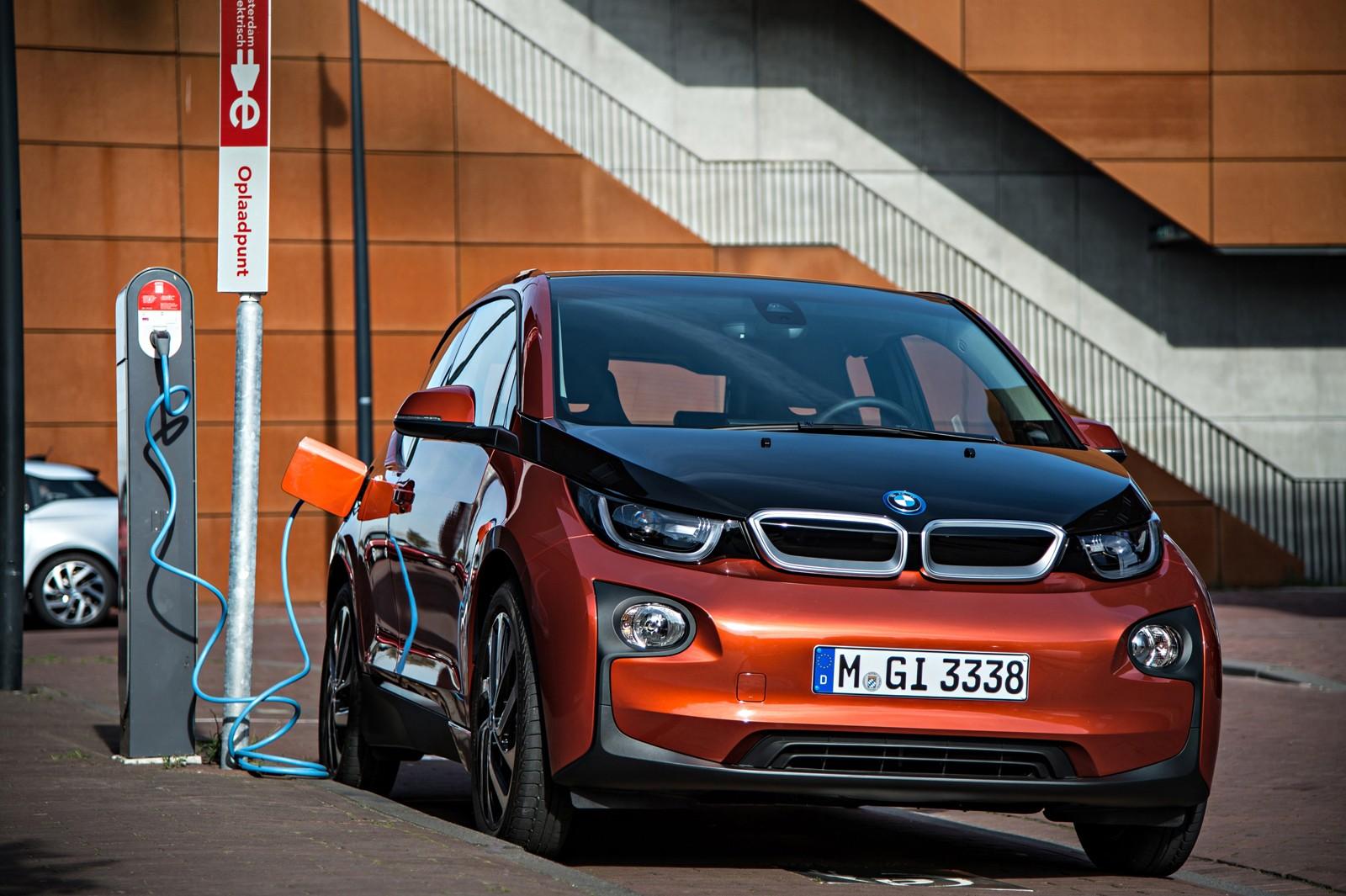 Авито Авто: продажи электромобилей на вторичном авторынке растут