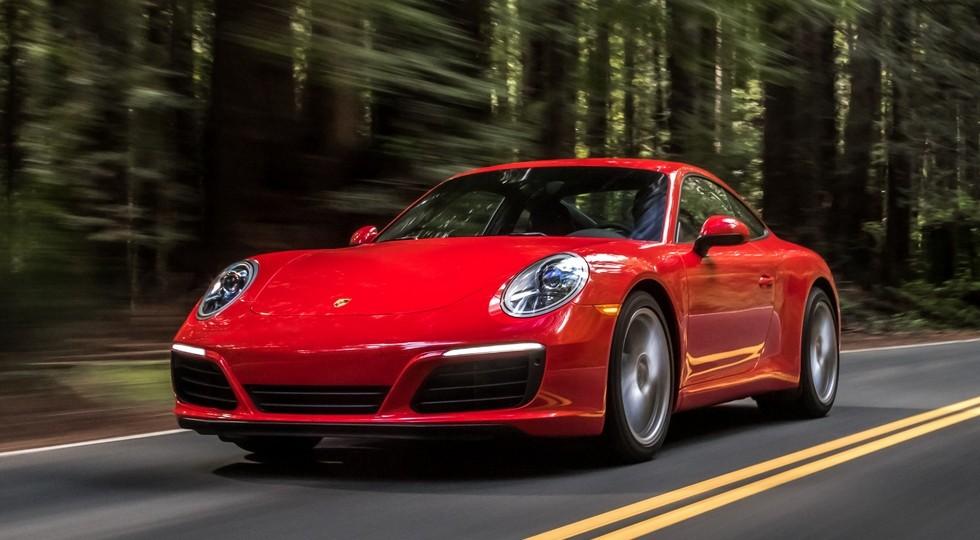 На фото: Porsche 911 Carrera Coupe