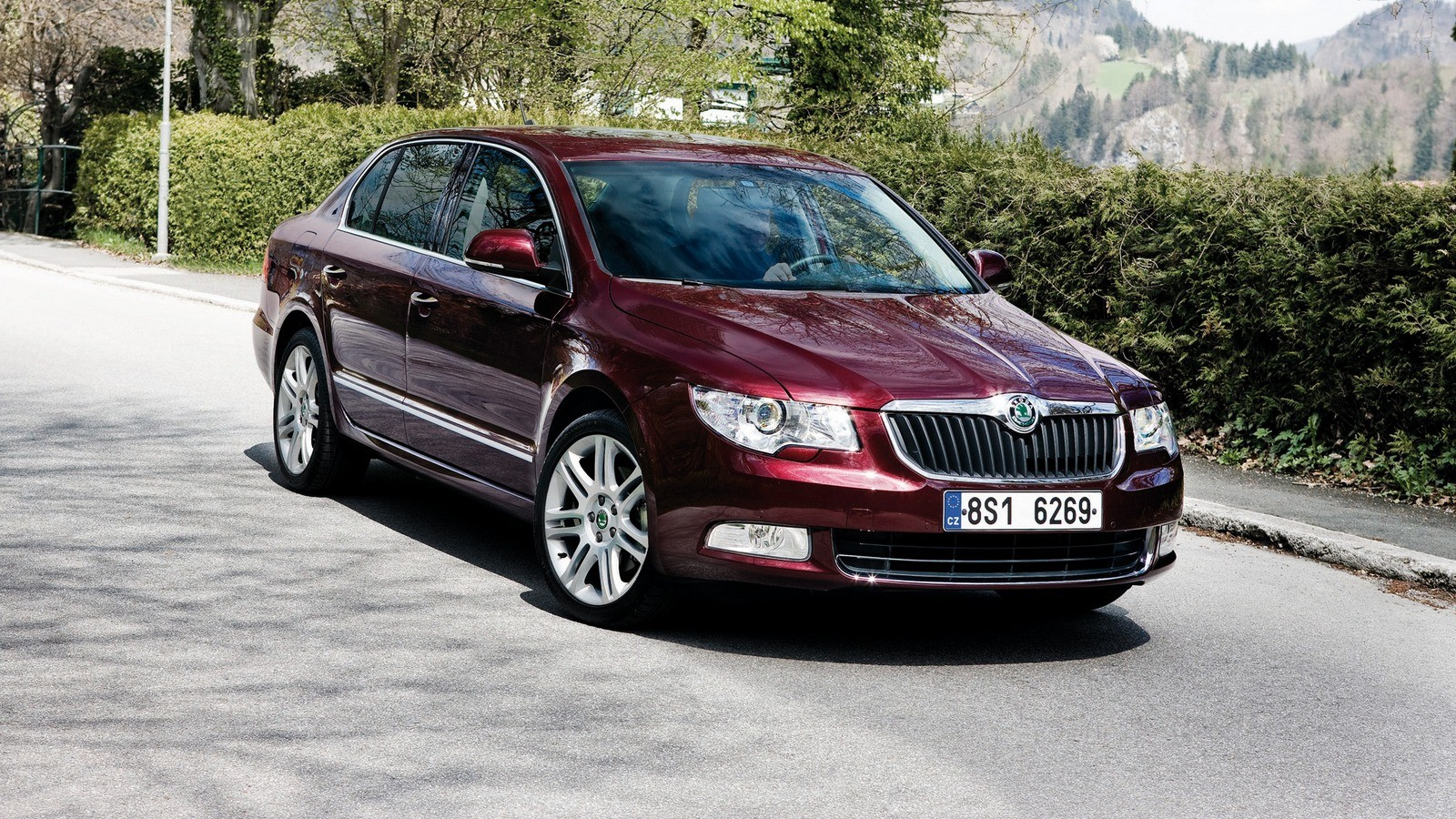 На фото: Škoda Superb '2008–13