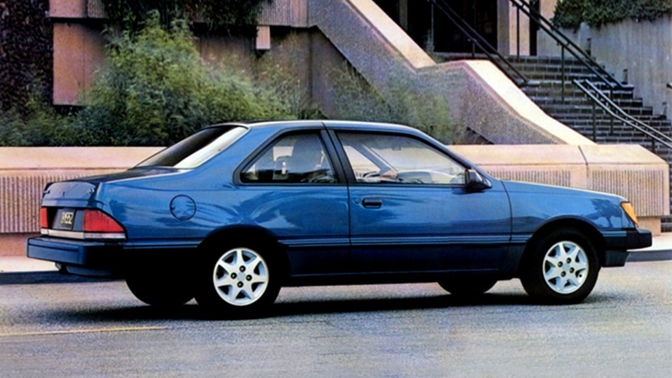 Ford Tempo Coupe '1984–87