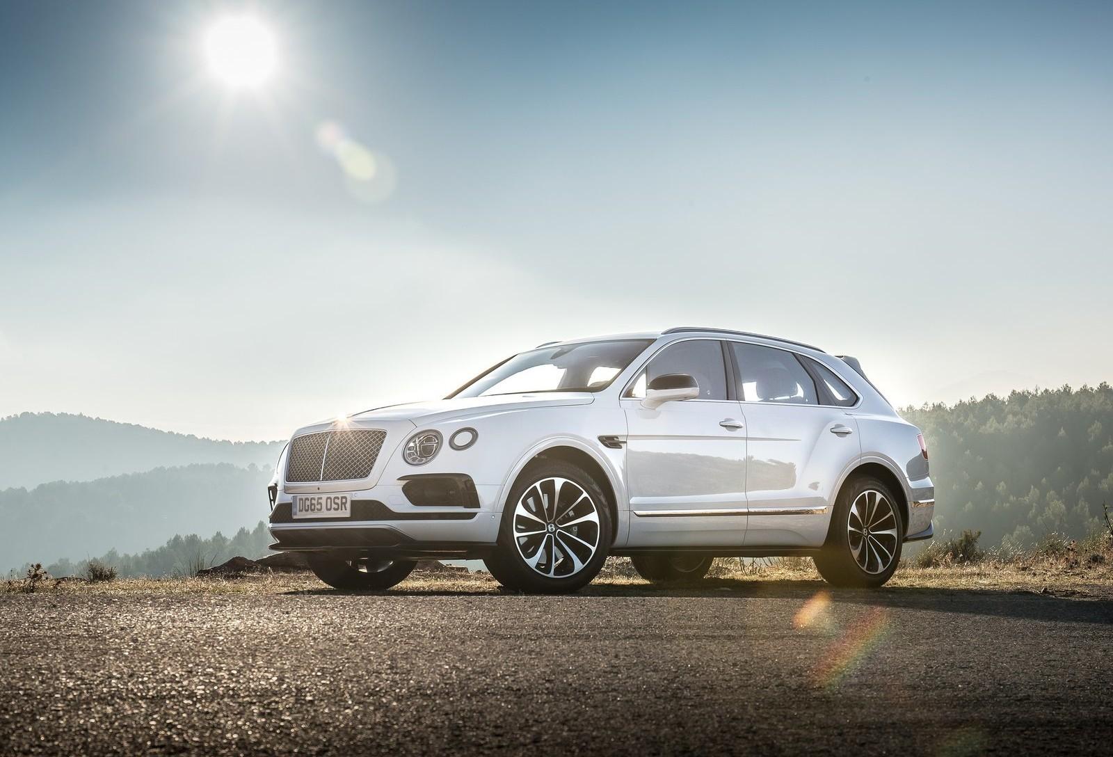На фото: Bentley Bentayga
