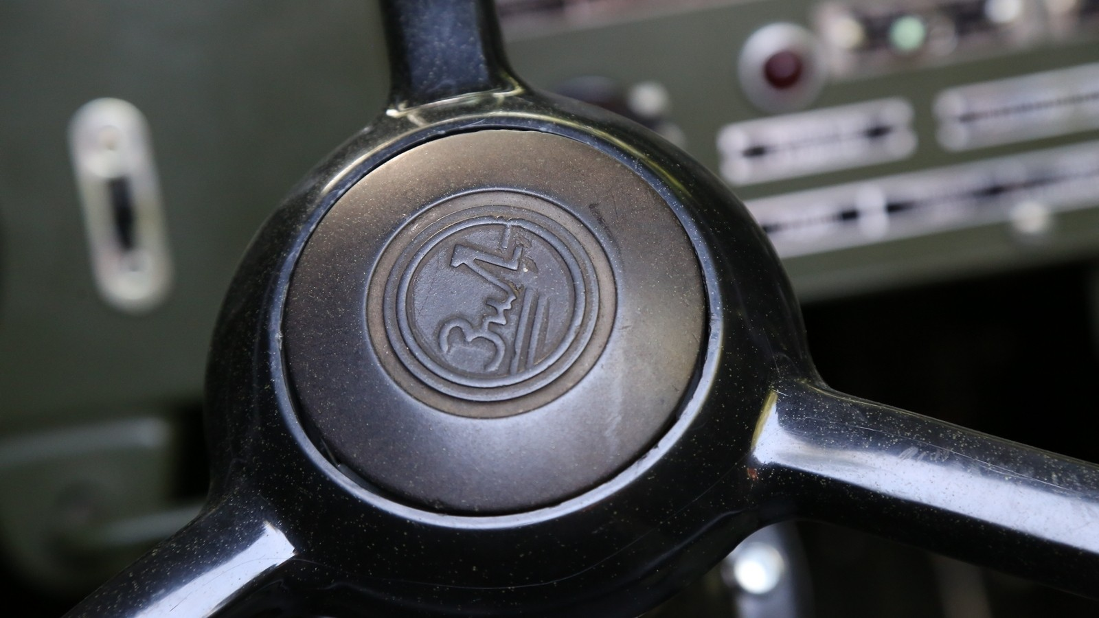 KC2A1080