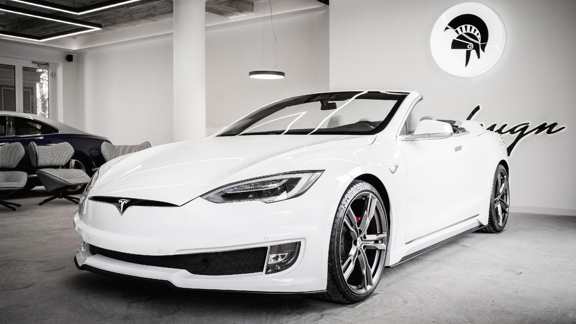 Могут повторить: итальянцы превратили Tesla Model S в кабриолет