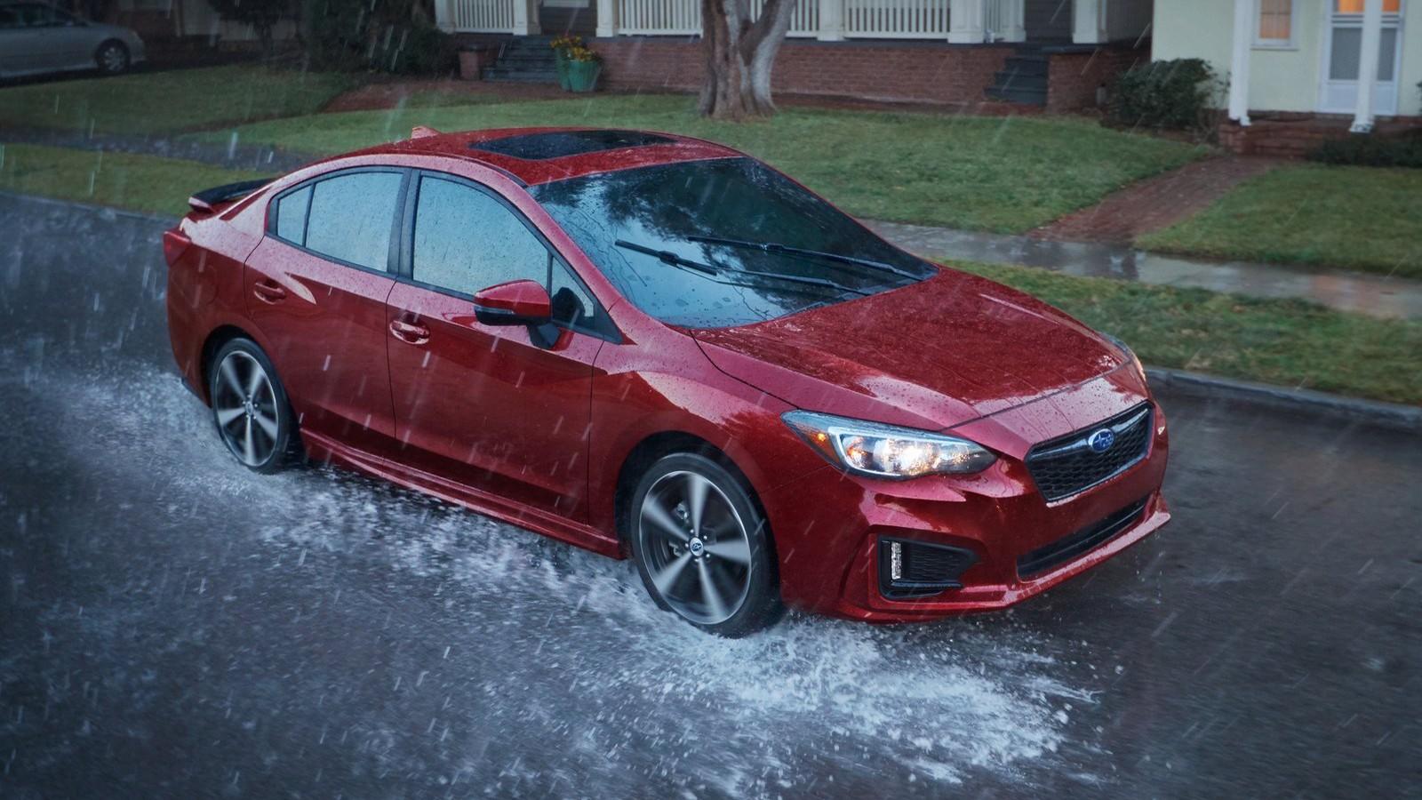 Передняя сторона Subaru Impreza