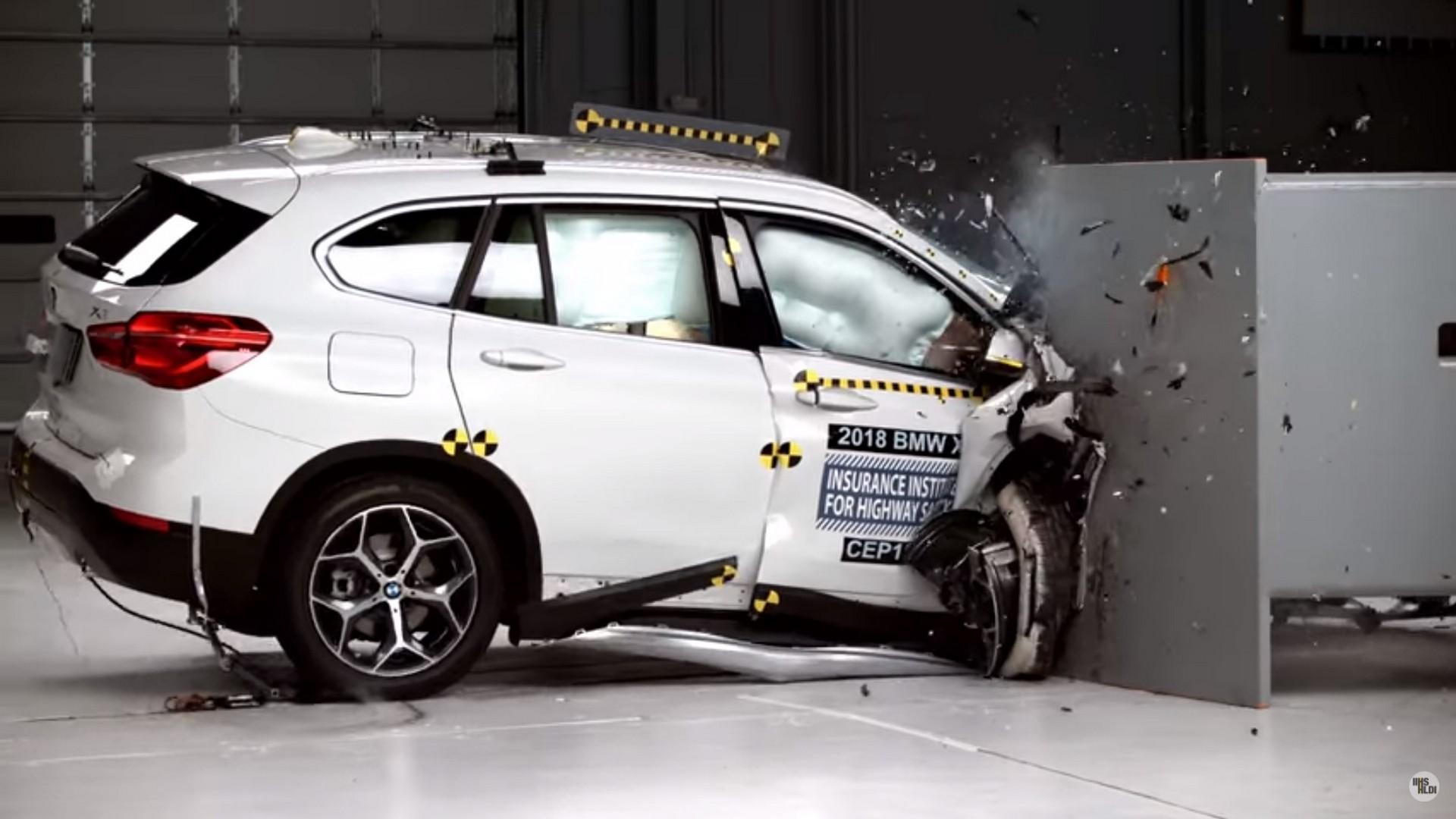 BMW X1 в тесте IIHS