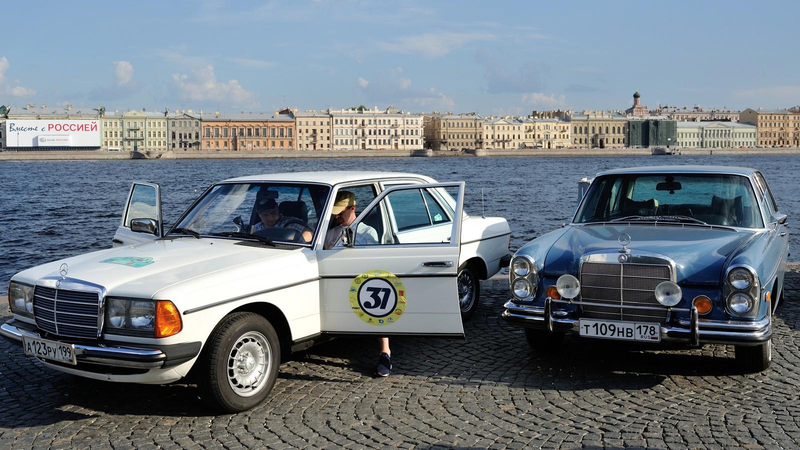 Ралли Ленинград 2021. Семейное ралли на классических автомобилях, спортивные задания и туристический квест