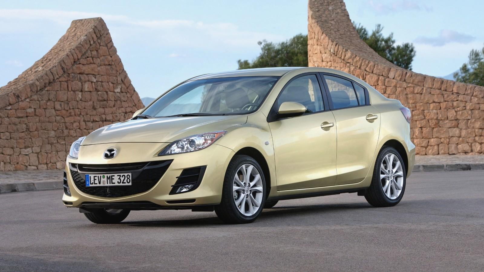 На фото: Mazda3 '2009–11