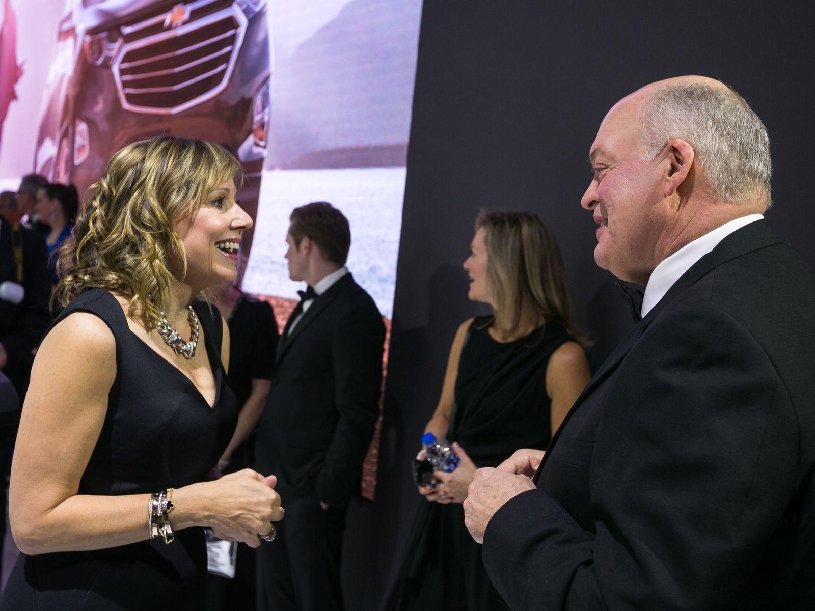 Мэри Барра (глава GM) и Джим Хэкетт (глава Ford) сейчас явно находятся на одной волне.