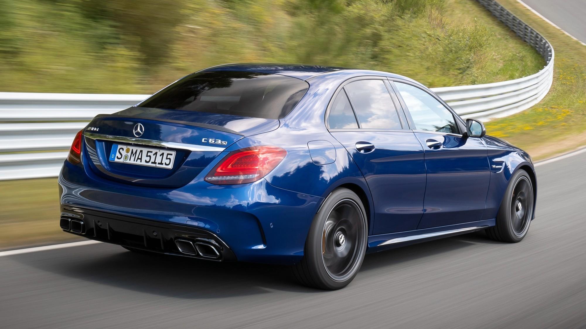 Mercedes-Benz отзывает в России AMG-модели из-за риска отказа ESP