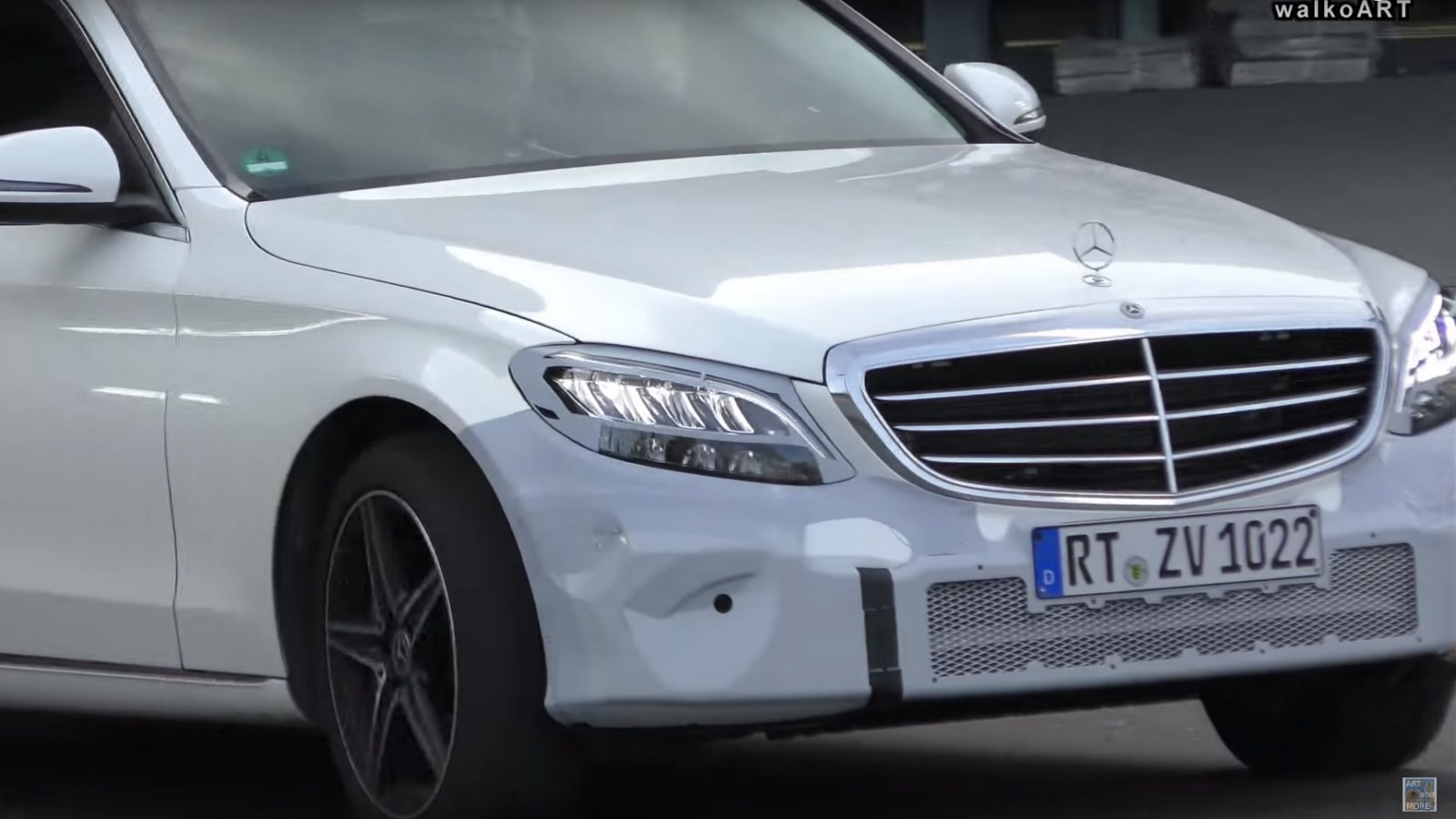 mercedes-benz-c-class-spy-video-2