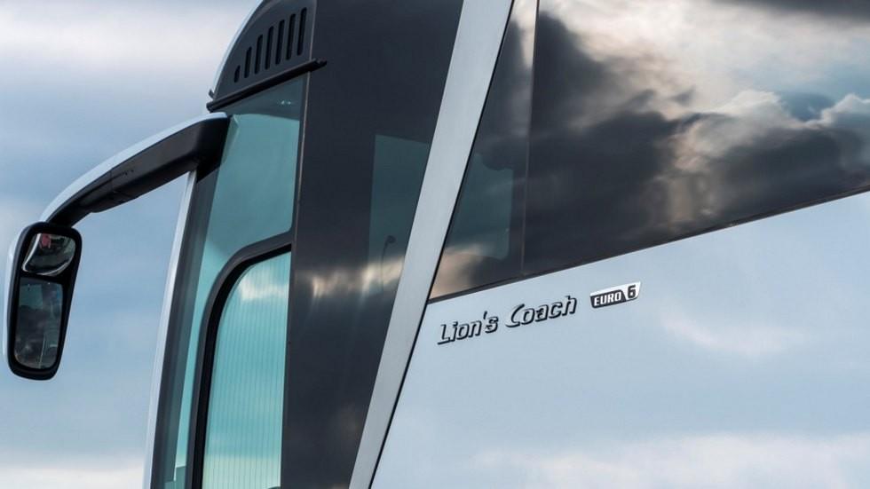 P_Bus_EOD_Coach-02_web