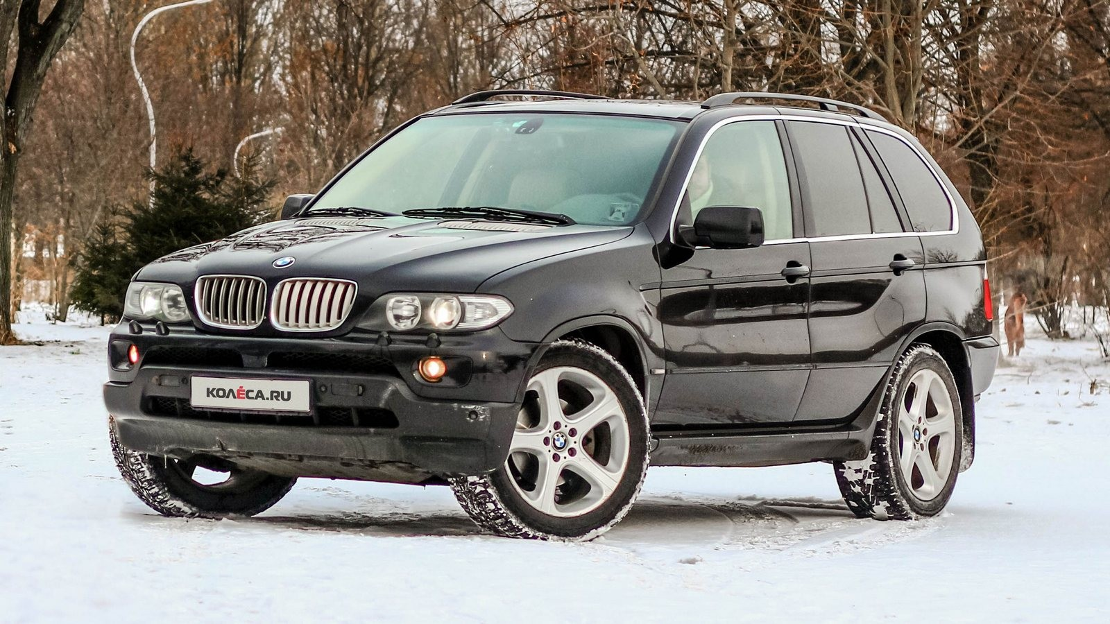BMW X5 E53 чёрный вид три четверти