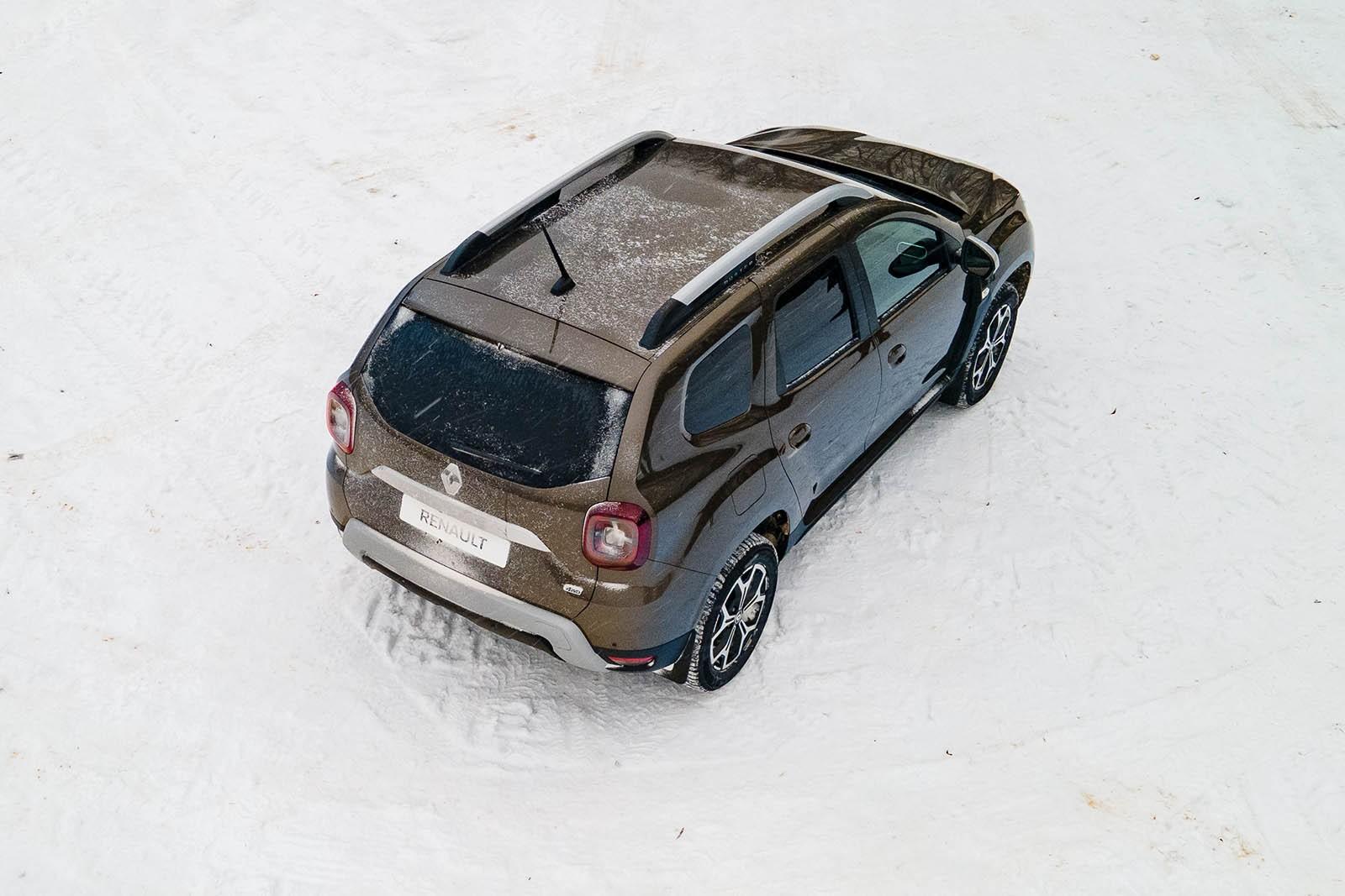 Новый мотор, новый салон и старые дорожные повадки: первый тест Renault Duster 2