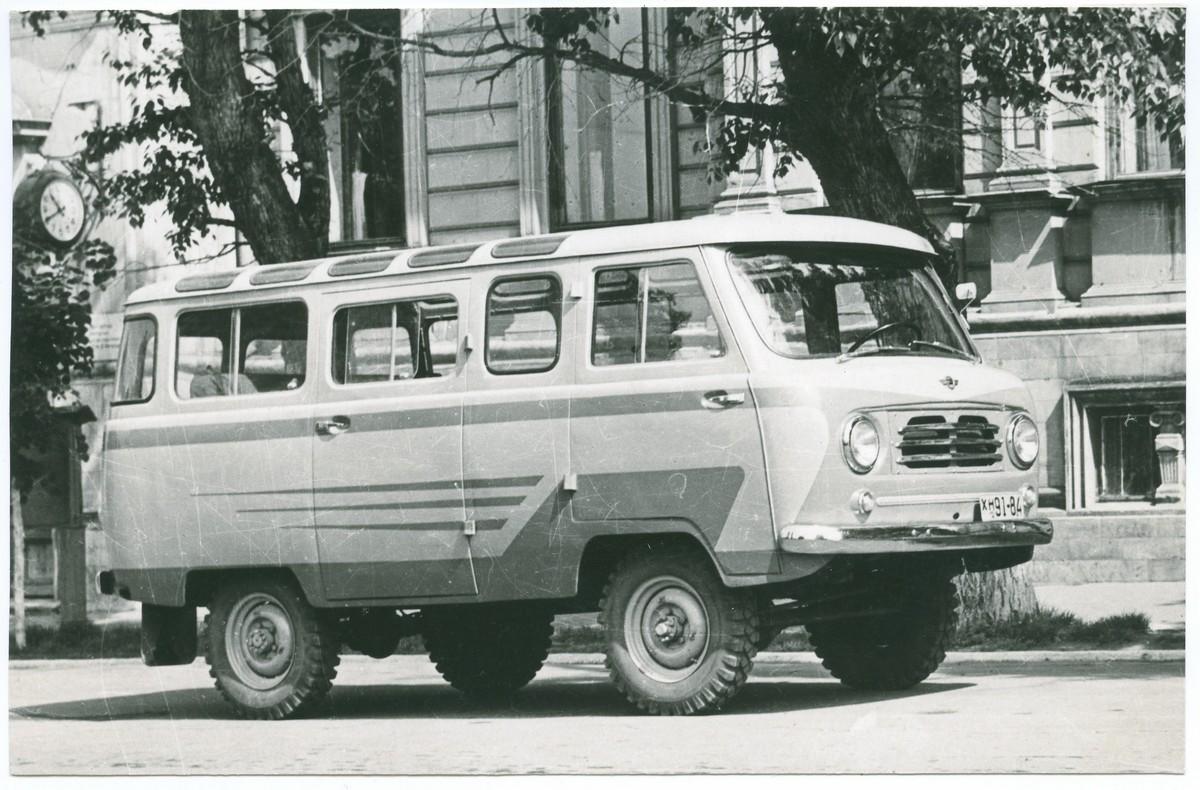 Пассажирский автобус УАЗ-450В на 9 мест так и не стал серийным