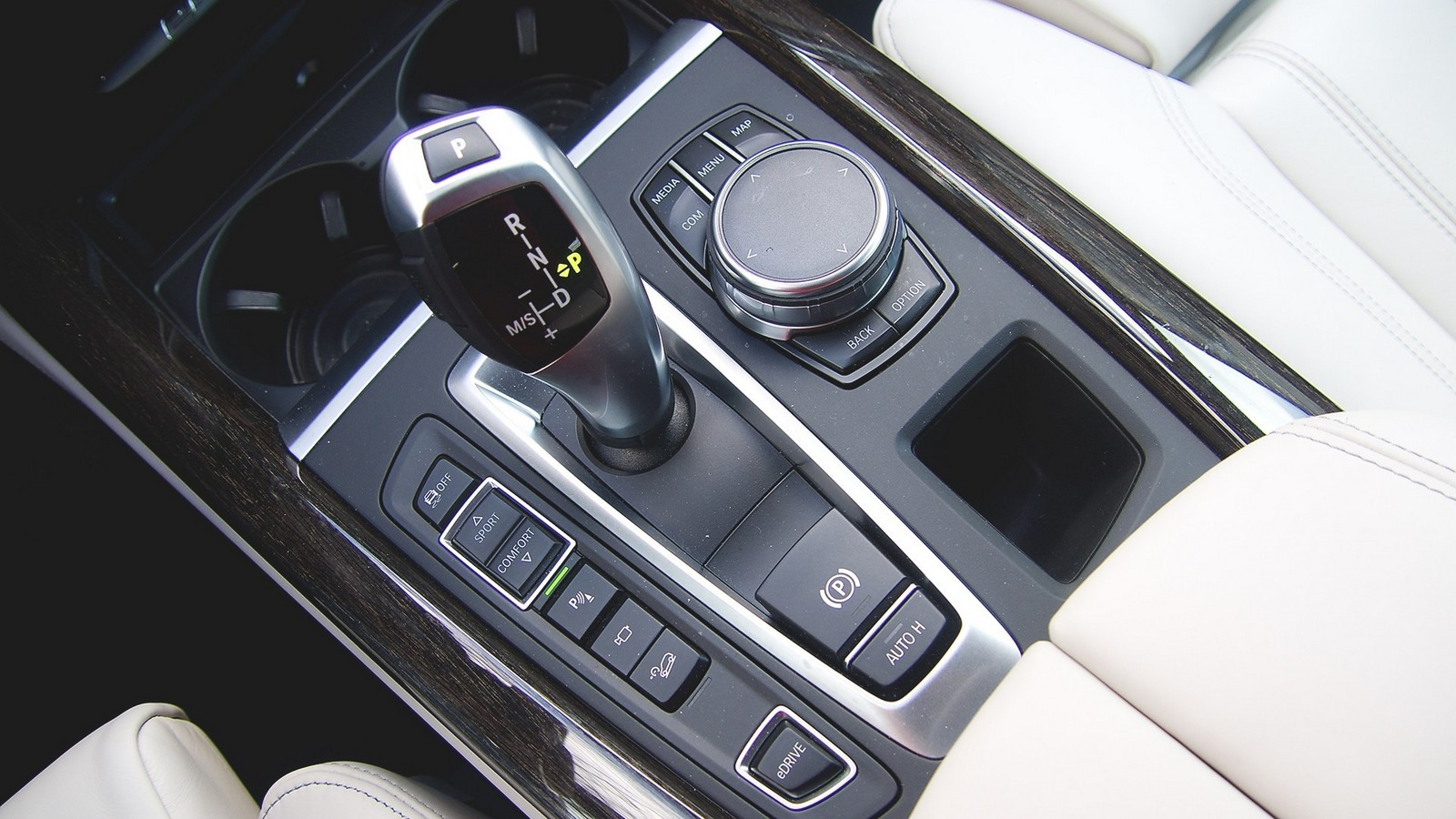 BMW_X5_Hybrid_28