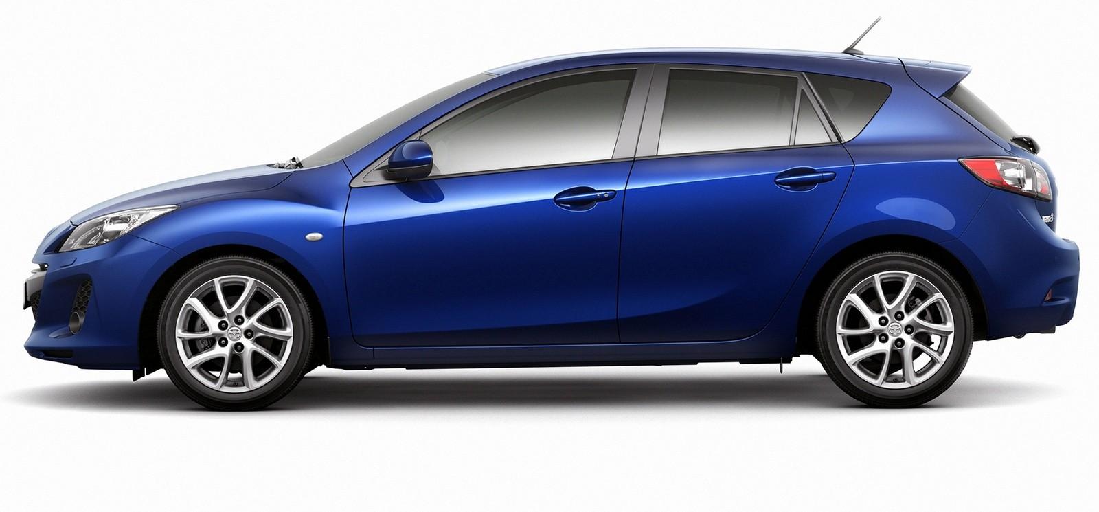 На фото: Mazda3 Hatchback '2011–13