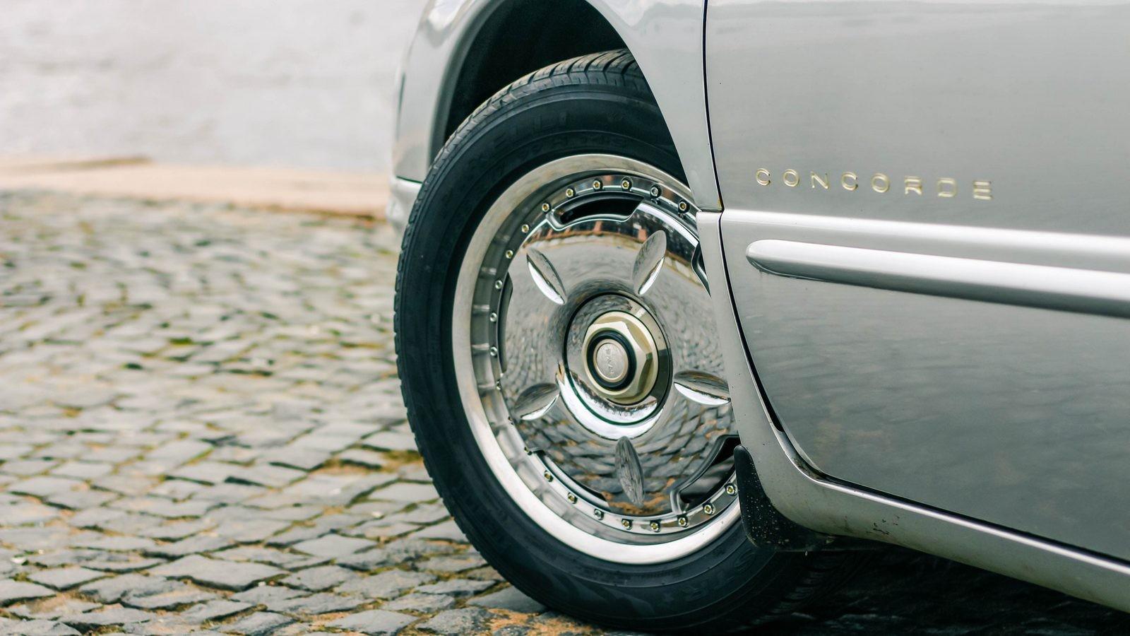 Chrysler Concorde колесо