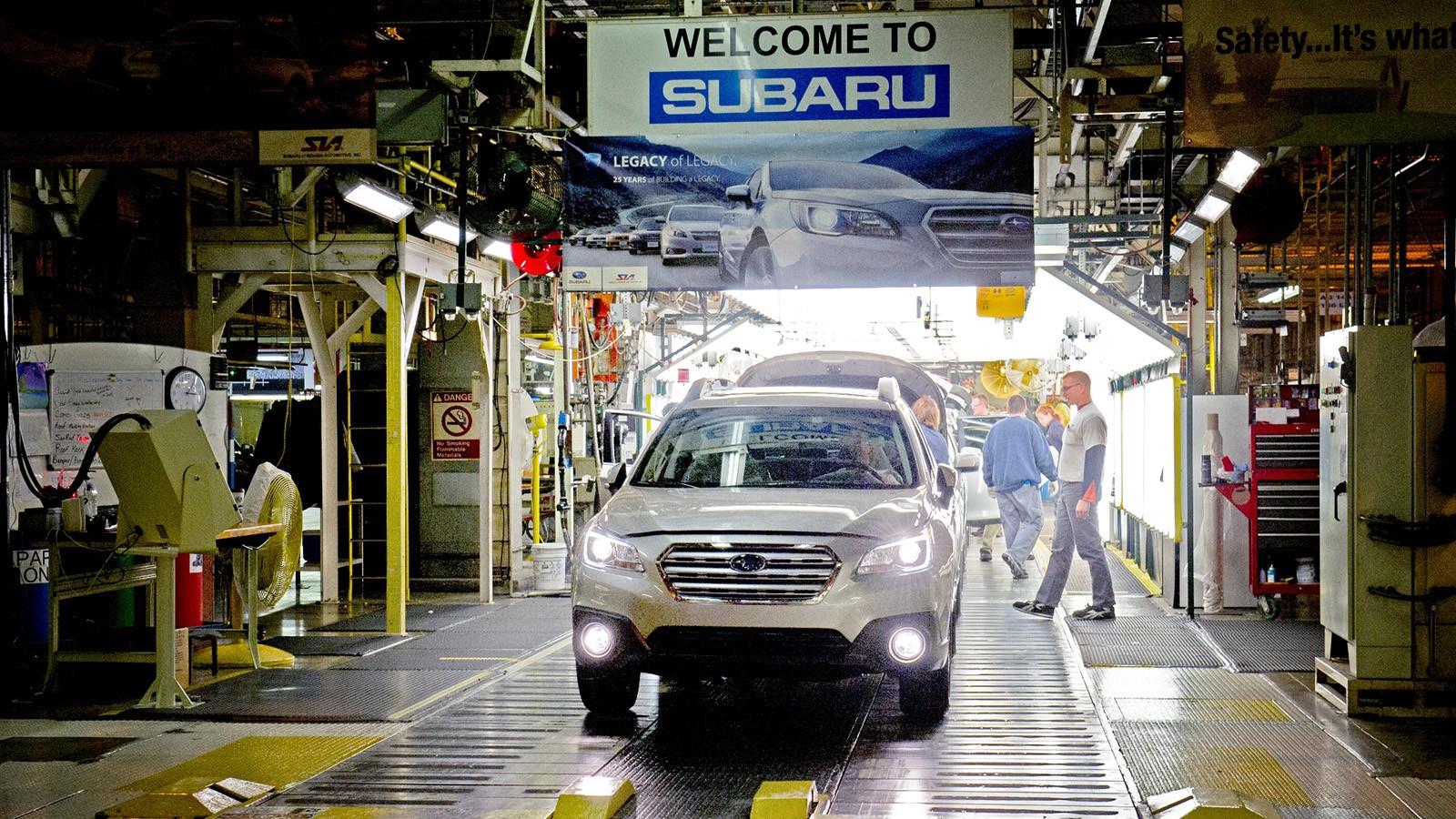 Конвейер завода Subaru в штате Индиана, США