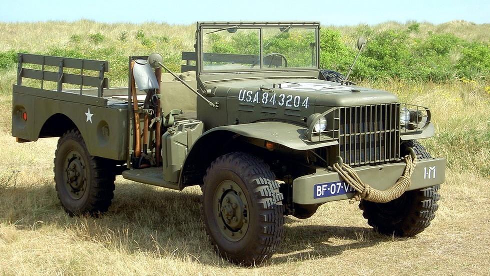 На фото: Dodge WC-51