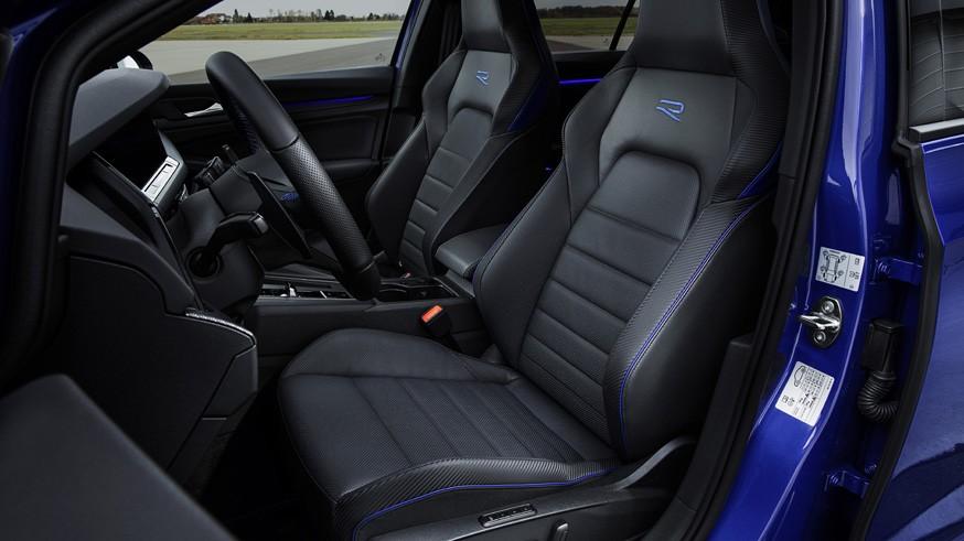 Volkswagen может выпустить более мощную версию «заряженного» хэтчбека Golf R