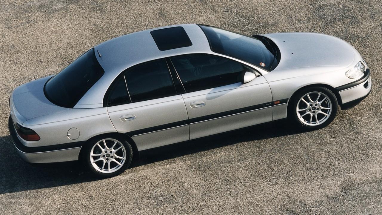 На фото: Opel Omega (B) '1994–99ч