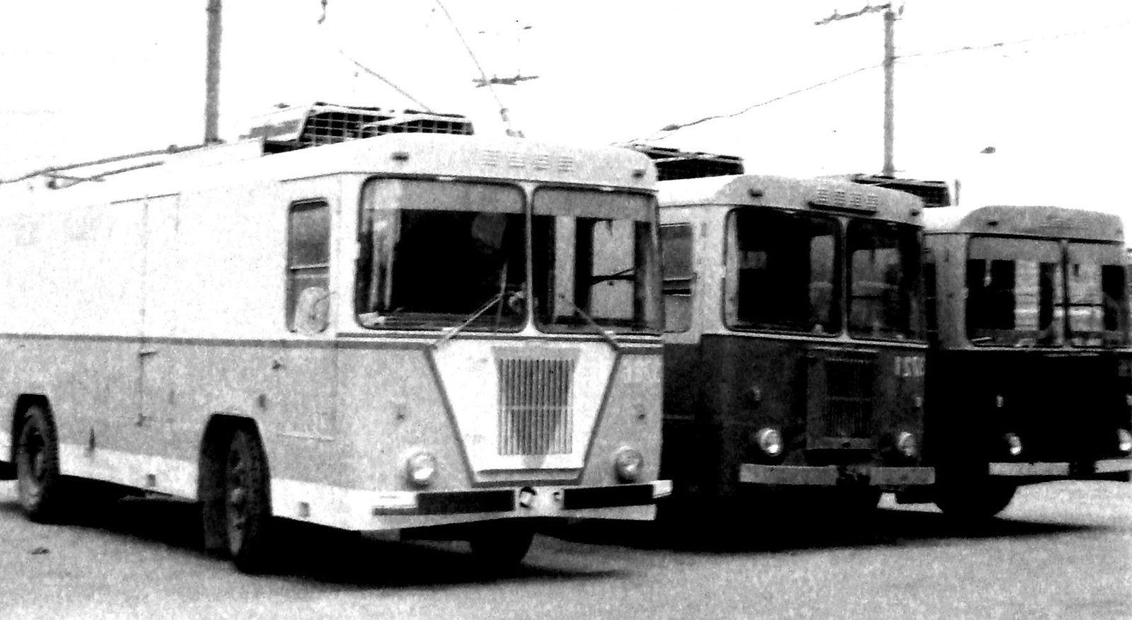 Были гибридами до того, как это стало мейнстримом: история советских троллейвозов