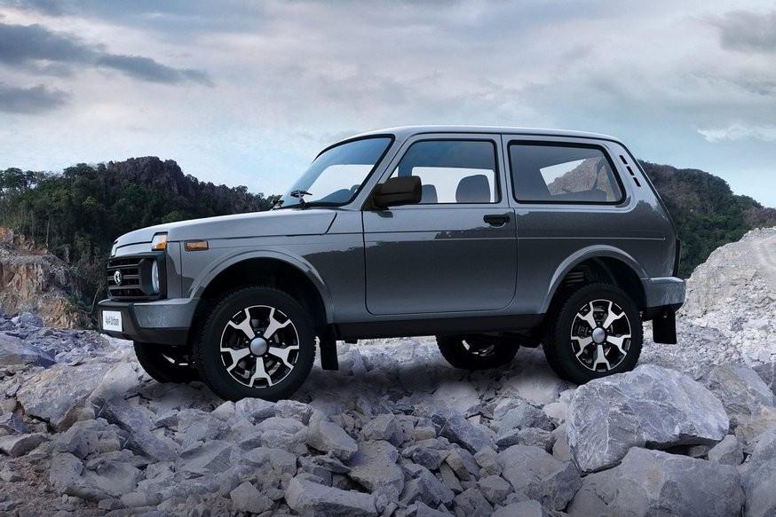 ТОП-10 SUV России: Renault и Lada снова в «минусе», у Sportage – рекорд