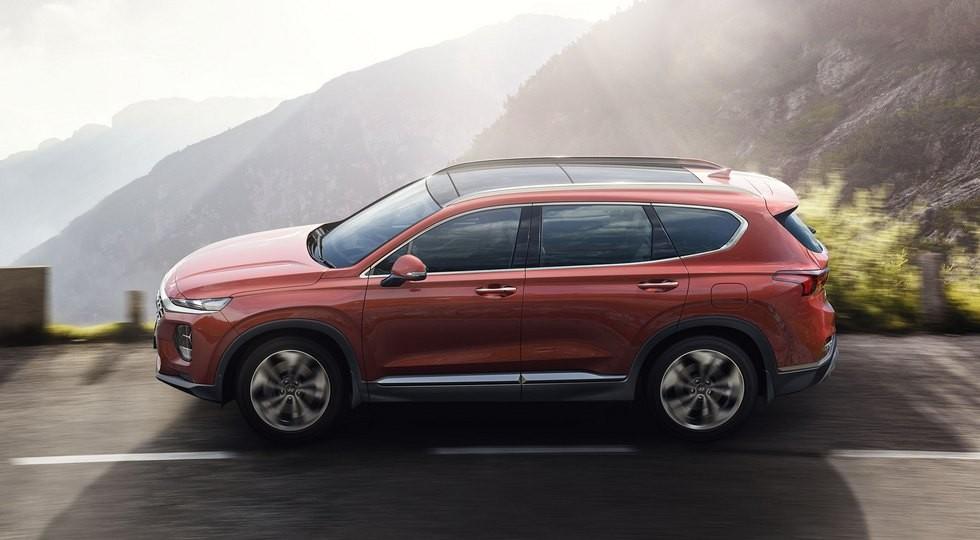 На фото: новый Hyundai Santa Fe для Европы