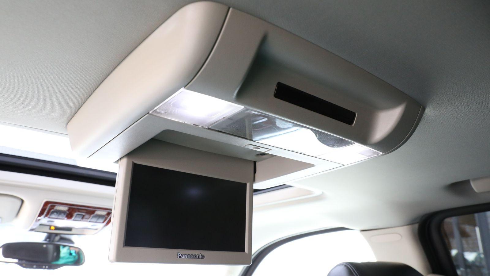 20 литров и 6,5 секунд: опыт владения Cadillac Escalade 2008 года