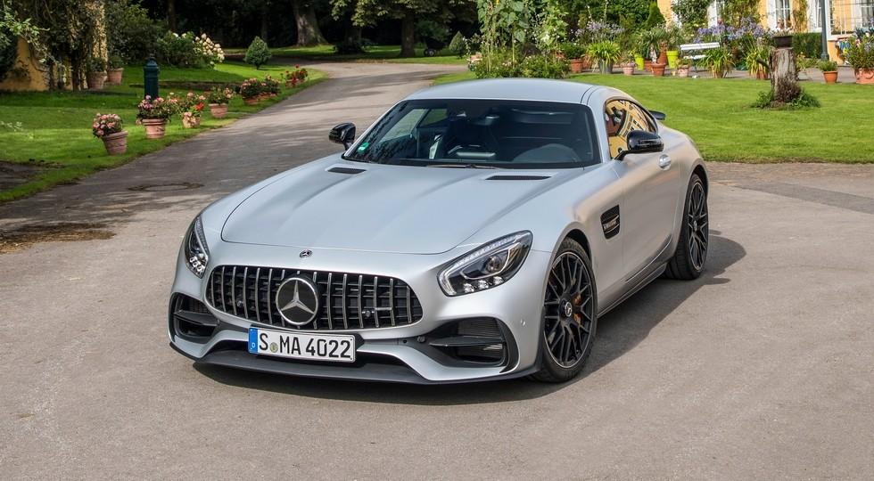 На фото: Mercedes-AMG GT S