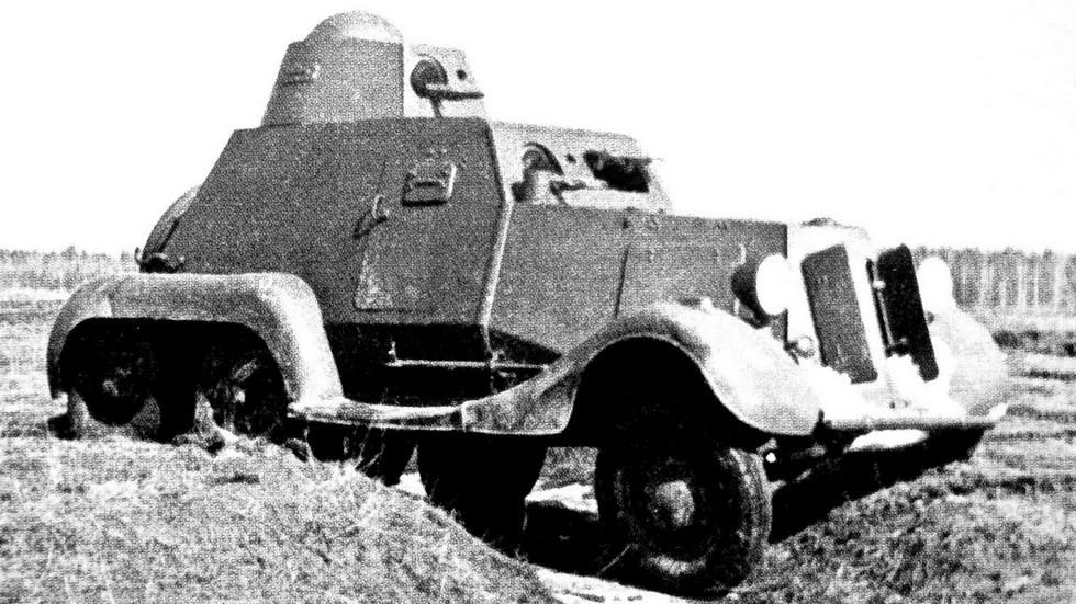 Легкий бронеавтомобиль БА-21 на трехосном шасси ГАЗ-21