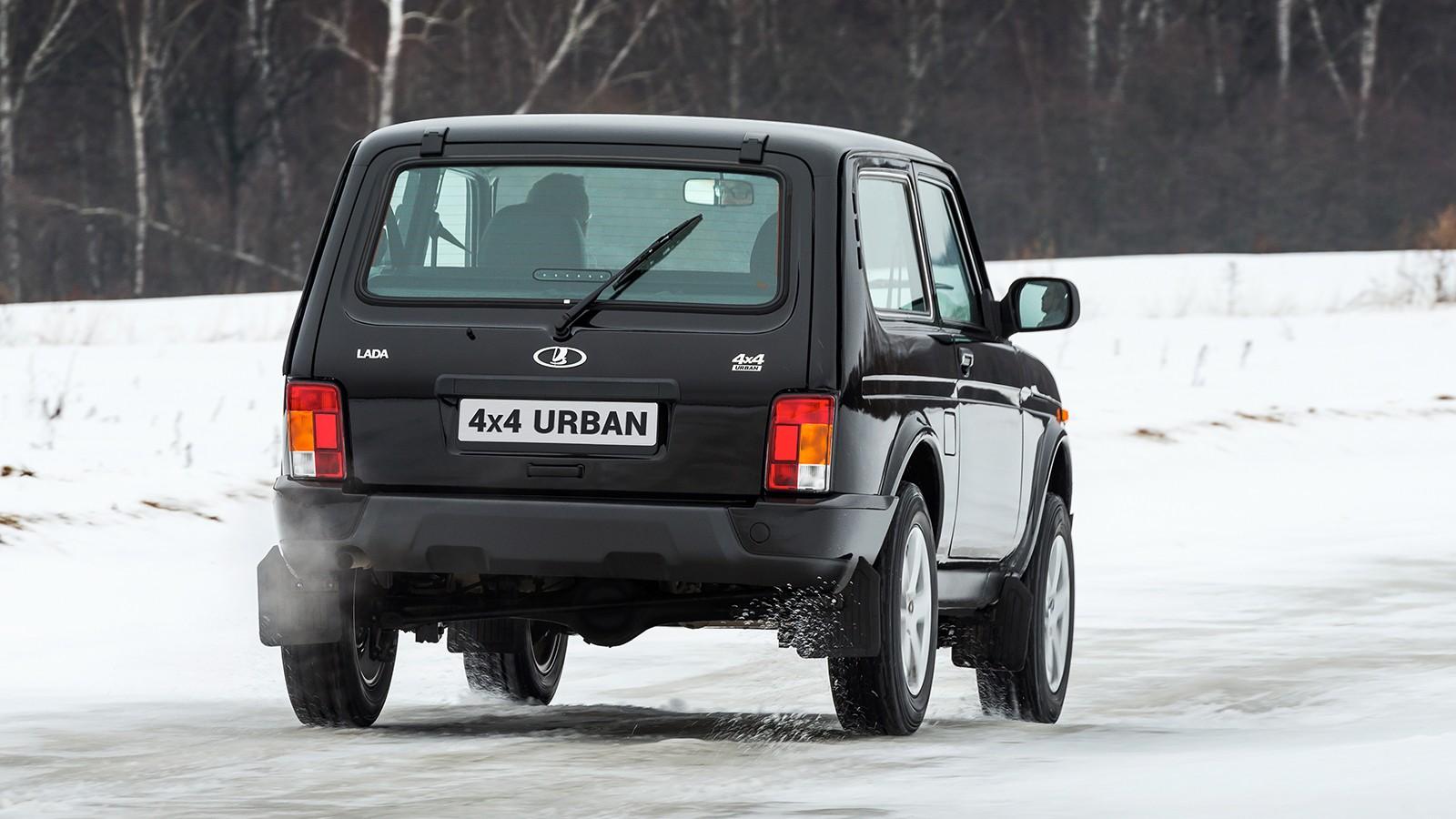 Семейство Lada 4x4 оснащается двигателем 1.7 литра мощностью 83 л.с.